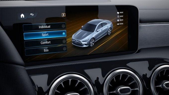 10.25-Inch Media Touchscreen